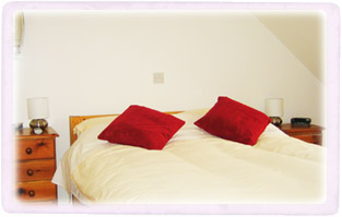 Picture of the 'rose' double bedroom